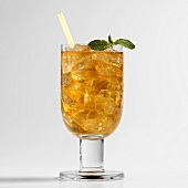 Golden Mojito (with brown rum)