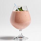 Raspberry yoghurt shake