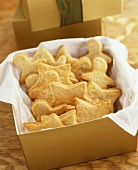 Biscuits sprinkled with sugar in gift box