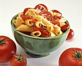 Penne al pomodoro crudo (Pasta with fresh tomatoes)