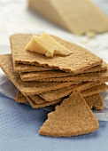 Oatcake Crackers with Cheese