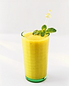 Kiwi fruit and banana smoothies