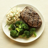 Grilled Steak with Mashed Potato and Broccoli
