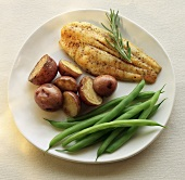 White Fish Fillet with Roasted Red Potatoes and Green Beans