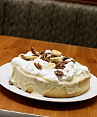 Banana Cream Pie with Nuts (USA)