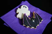 Two biscuits (ghost, bat) for Halloween