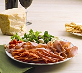 Affettato e Parmigiano (Appetiser platter with cold cuts & cheese)