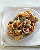 Shell Pasta with Meat, Tomatoes, Basil and Feta