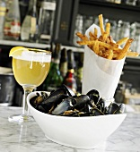 Belgium Mussels in White Wine; French Fries and Beer