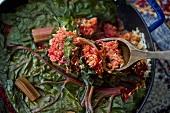False Machshi (Reisgericht mit Rindfleisch, Roter Bete und Mangold, Irak)