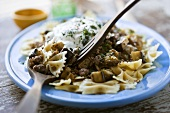 Farfalle Pasta with Ground Lamb and Yogurt Sauce