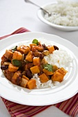 Sweet Potato and Kidney Bean Chili with White Rice