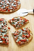 Skillet pizza with Basil and Tomatoes