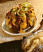 Baked Potato mit Käse, Peperoni, Hähnchen