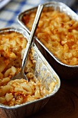 Baked Macaroni and Cheese in Disposable Pans; Scooping