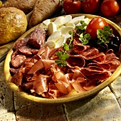 Antipasto di salumi e insaccati (meat platter with mozzarella)