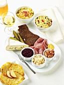 Auswahl an deutschen Lebensmitteln & Gerichten