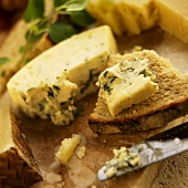 Blue Cheese on Wheat Bread; Knife