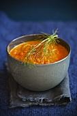 Fenchel-Karotten-Suppe in Suppenschale