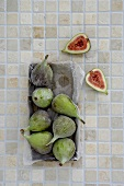 Fresh figs in a box (overhead view)