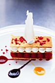 Millefeuille with raspberries and cream