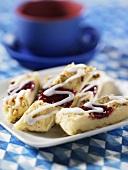 Pecan nut slices with raspberry jam