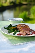 Anatra alla veneta (duck breast with spinach and honey)