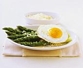 Aspargi e uova (Asparagus with egg and Parmesan, Italy)