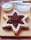 Sternförmiger Cranberrykuchen