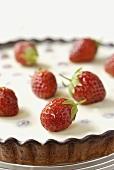 Almond tart with fresh strawberries