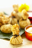 Deep-fried wontons with lemon grass and coconut mayonnaise