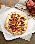 Peach pie (overhead view)