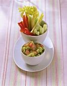 Guacamole mit Gemüsestiften