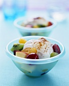 Fruit salad with cinnamon yoghurt cream