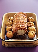Roast pork with crackling and baked apples