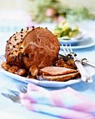 Glazed roast ham with apricots