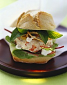 Shrimp burger with yoghurt and mint