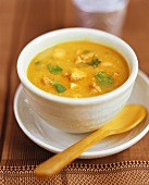 Mulligatawny soup with chicken