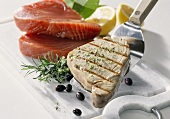 Tuna fillet, grilled and raw