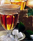 Jagertee (tea with rum) with spekulatius cookies