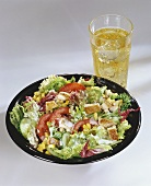 Mixed salad with chicken & apple schorle