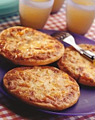 Mini-pizzas for children's party