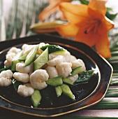 Shrimp salad with cucumber