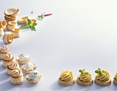 Vol-au-vent cases and tartlets with cheese filling