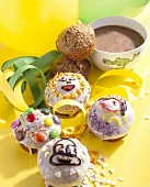 Decorated muffins with hot chocolate