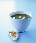 Creamed herb soup with flatbread