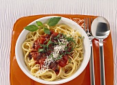 Spaghetti with tomatoes and olive paste
