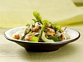 Salad leaves with shrimps and apple