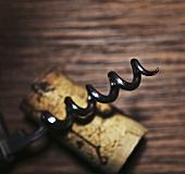 Corkscrew spiral and a cork