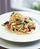 Spaghetti with dried tomatoes and pancetta